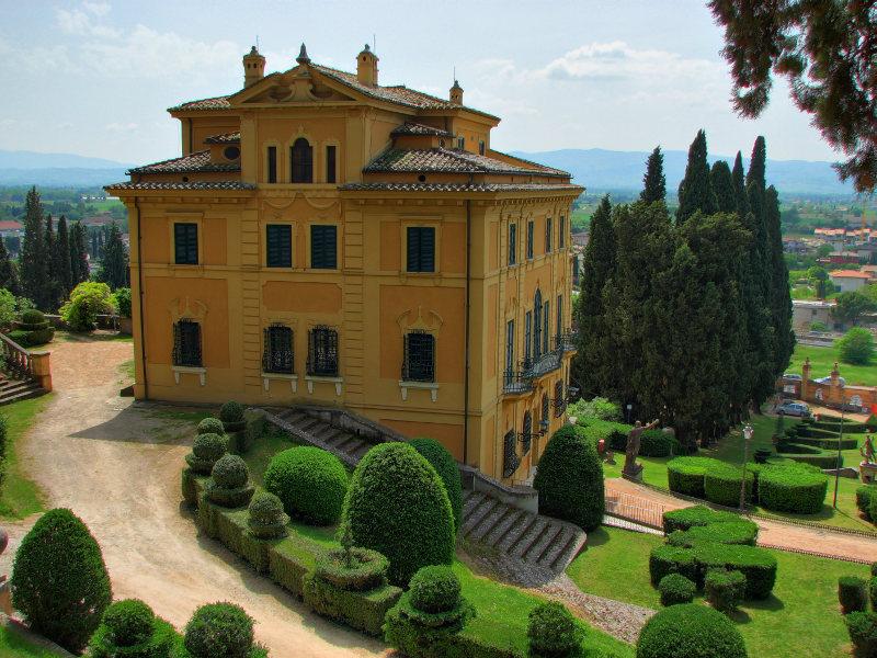 Villa Fidelia Spello Rose