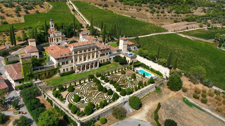 Italian botanical heritage villa arvedi for Giardino officinale