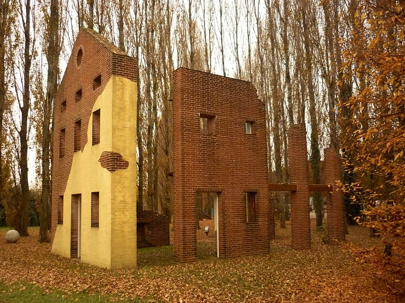 Italian botanical heritage parco della scultura in for Aldo rossi architettura della citta